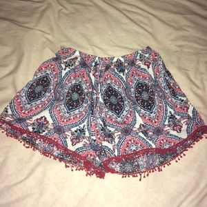 Charlotte Russe print shorts (size small)